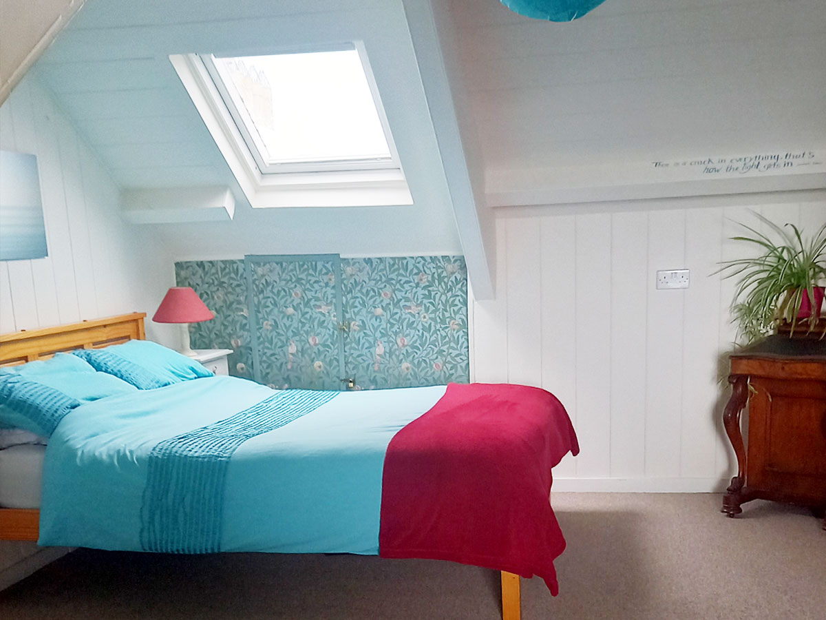 Private Top Floor Ensuite - Falmouth Lodge