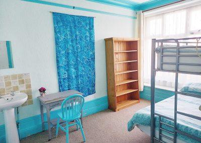 falmouth-lodge-triple-room